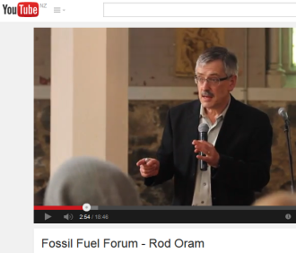 Rod Oram speaks at Divestment Forum